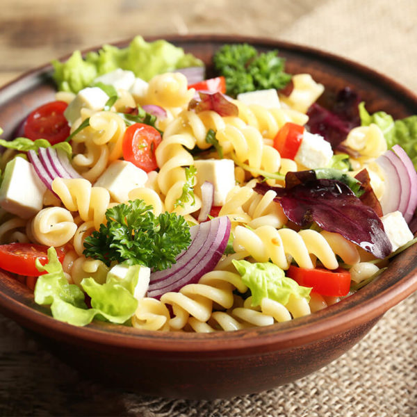 Spiral noodles, mushroom, tomato, broccoli, black olives, parmesan cheese, olive oil, vinegar, spices and herbs.